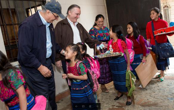 Guatemaltecas na escola